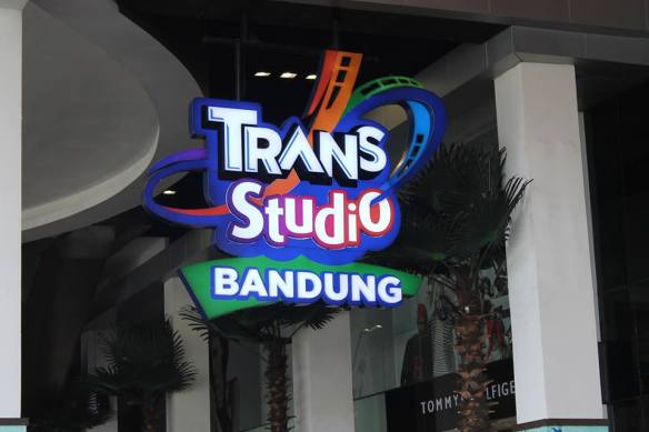 trans studio 1