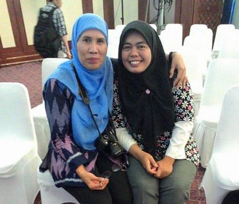 dengan Bu Betty, empunya SD Insan Kamil Bantar Gebang